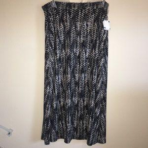 NWT! Kasper XL Gray & Black Full Length Skirt
